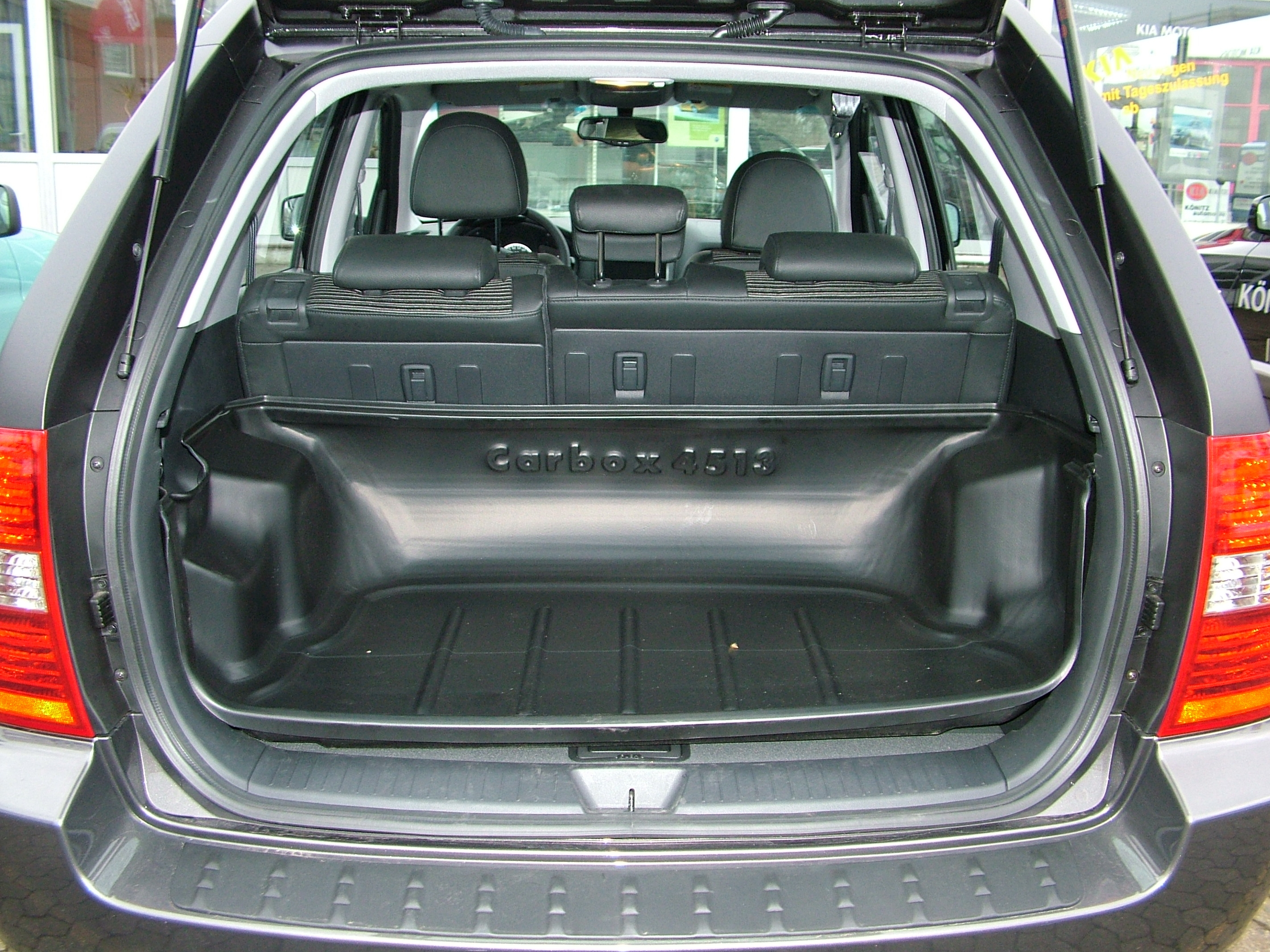 carbox xxl hyundai tucson kofferbak van 09 2004. Black Bedroom Furniture Sets. Home Design Ideas